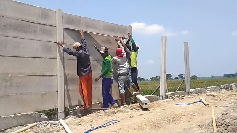 cara menghitung biaya pagar panel beton